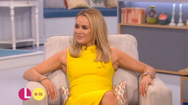 Don 39 T Miss This Hilarious Clip Of Amanda Holden Falling