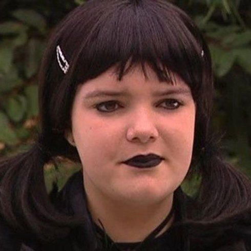 grid cell 13935 1484823985 2 Remember Lolly Carpenter From Neighbours...Here's What She Looks Like Now!