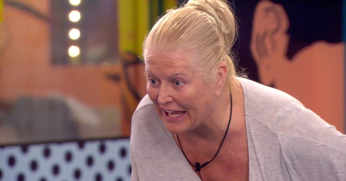 Kim Woodburn REMOVED From Celebrity Big Brother