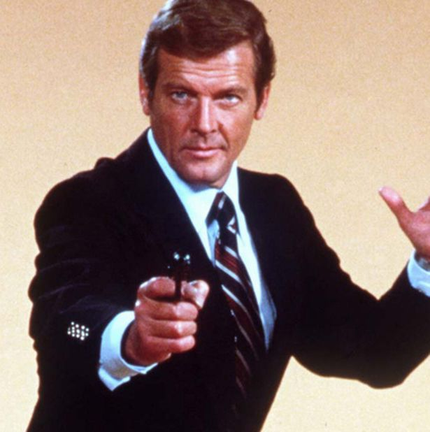 james bond roger moore - photo #19