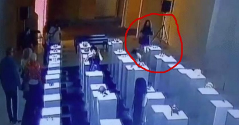 Woman Destroys $200,000 Worth Of Art By Taking A Selfie