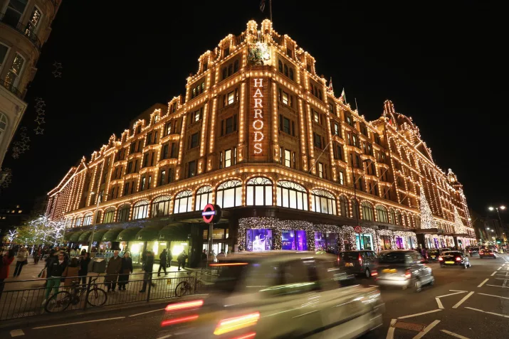 19 Things You Won't Know Unless You've Worked At Harrods