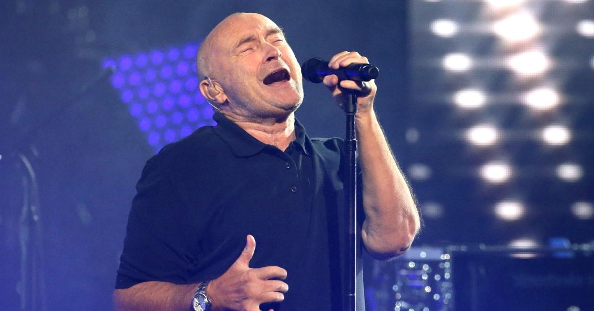 Phil Collins Forced To Complete His Sold Out Show Sitting Down