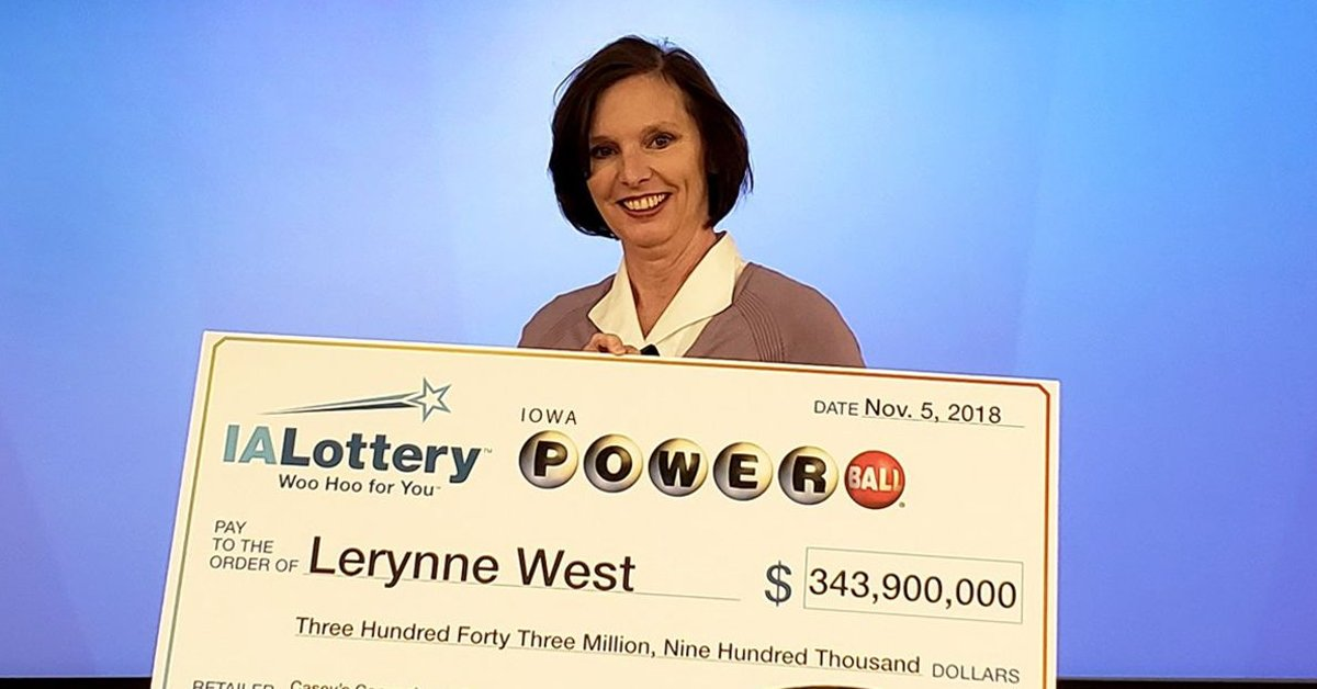 Powerball-Winning Mom Will Donate Huge Amount Of Cash To Wounded Veterans Charity  Copy