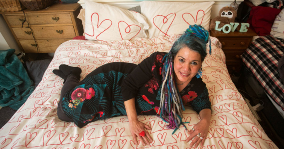 Woman Is Planning To Marry Her Comforter During An Extravagant Ceremony
