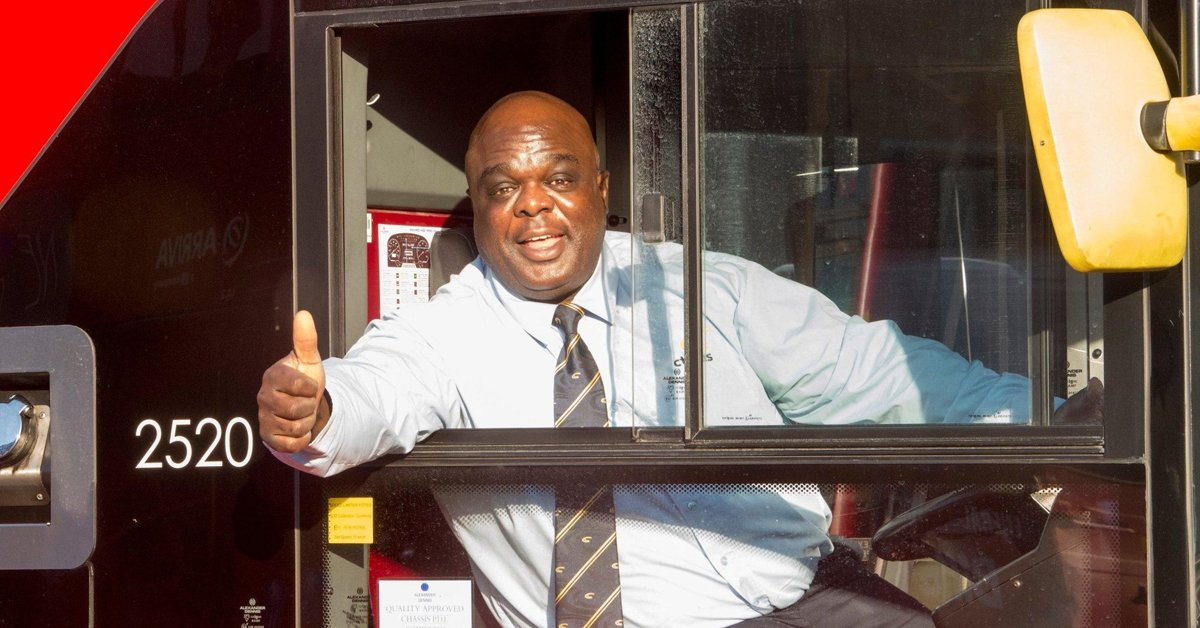 """After 20 Years Sleeping Rough, This Man Is Now Named """"Happiest Bus Driver In London"""""""