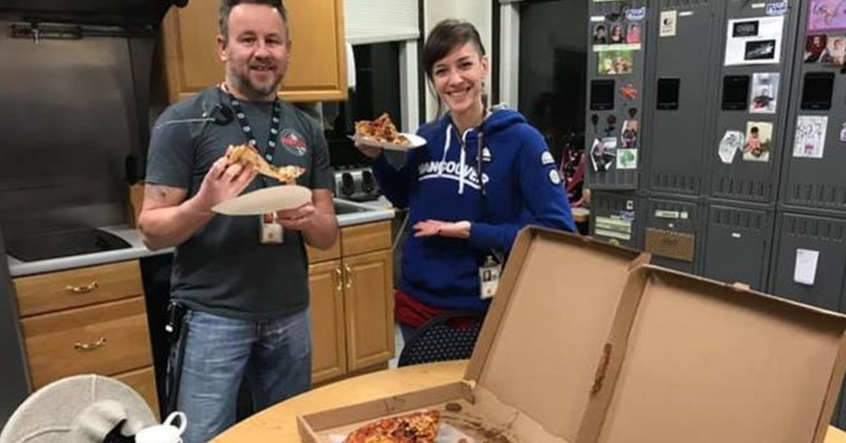 Canadians Have Been Sending Pizzas To US Government Workers During Shutdown